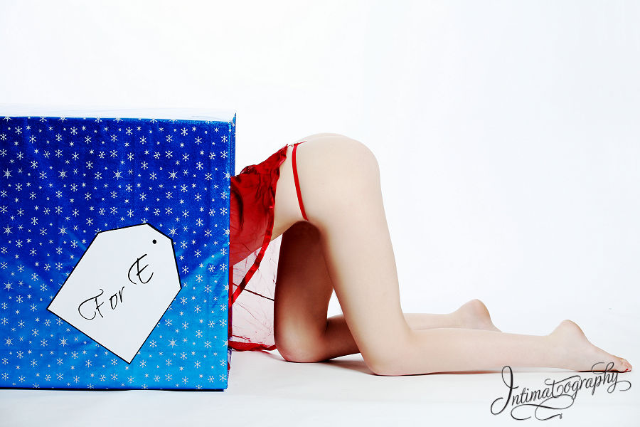 Dallas Fort Worth Christmas Boudoir Photography 1009